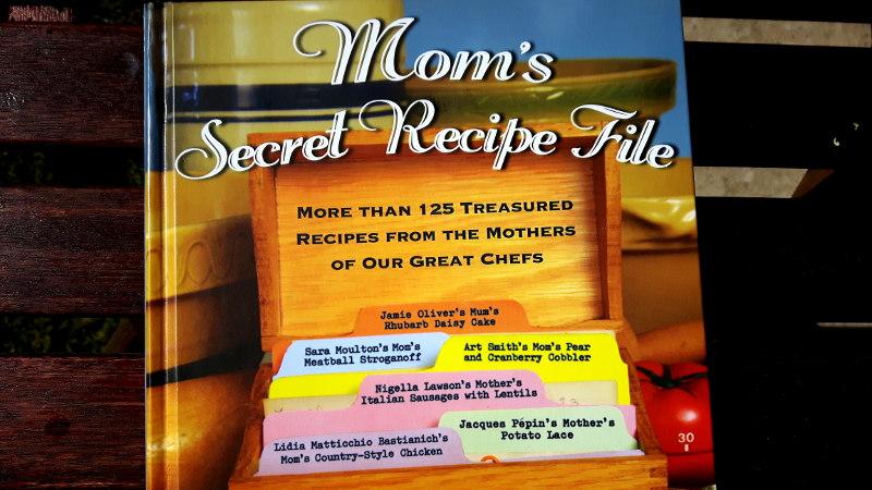 "Foto von Buchcover ""Mum's secret recipe file"""