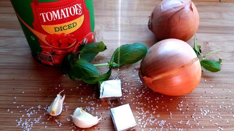 Foto von Kochzutaten für Tomatensuppe